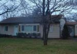 Foreclosed Home in Southfield 48076 21820 S TULLER CT - Property ID: 6304671