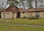 Foreclosed Home in Orange Park 32073 1738 CINNAMON DR - Property ID: 6305432