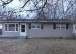 Foreclosed Home in Louisville 40219 5416 EARLANN DR - Property ID: 6306246