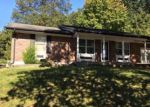 Foreclosed Home in Ballwin 63021 723 LA BONNE PKWY - Property ID: 6306585