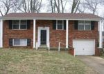 Foreclosed Home in Louisville 40218 3816 GREENWICH WAY - Property ID: 6306600
