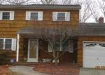 Foreclosed Home in Holtsville 11742 21 CONCORD DR - Property ID: 6306701