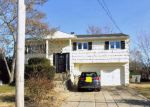 Foreclosed Home in Massapequa 11758 36 CARMANS RD - Property ID: 6306703