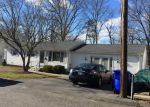 Foreclosed Home in North Providence 2911 5 SAVOY ST - Property ID: 6306994