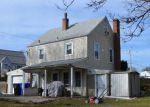 Foreclosed Home in West Warwick 2893 80 REVERE AVE - Property ID: 6306995