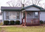 Foreclosed Home in Waukegan 60087 38196 N CHARLESTON RD - Property ID: 6307197