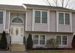 Foreclosed Home in West Warwick 2893 32 ATWOOD ST - Property ID: 6307419