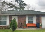Foreclosed Home in Westwego 70094 633 PHYLLIS DR - Property ID: 6307710