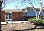 Foreclosed Home in Downers Grove 60516 7625 ROHRER DR - Property ID: 6307898