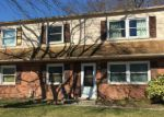Foreclosed Home in Woodbridge 22193 12902 KENMAR DR - Property ID: 6308553