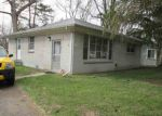 Foreclosed Home in Southfield 48033 21351 SEMINOLE ST - Property ID: 6308884