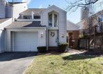 Foreclosed Home in Ballwin 63021 610 HIGHVIEW CIRCLE DR - Property ID: 6309079