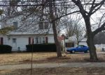 Foreclosed Home in Lombard 60148 2N151 SWIFT RD - Property ID: 6309409
