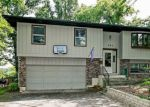 Foreclosed Home in Lake In The Hills 60156 604 DELAWARE DR - Property ID: 6309636