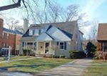 Foreclosed Home in Huntington Woods 48070 26385 HUMBER ST - Property ID: 6309832