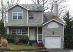 Foreclosed Home in Smithtown 11787 56 GEORGE ST - Property ID: 6310005