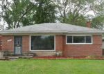 Foreclosed Home in Oak Park 48237 23031 GARDNER ST - Property ID: 6310070