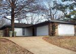 Foreclosed Home in Memphis 38141 6034 WHISPER VALLEY DR - Property ID: 6310760