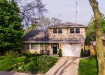 Foreclosed Home in Glenview 60025 1323 CARIANN LN - Property ID: 6310818