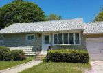 Foreclosed Home in Lindenhurst 11757 16 FRANK ST - Property ID: 6310987