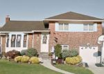 Foreclosed Home in Massapequa 11758 125 HUNTER RIDGE RD N - Property ID: 6311165