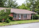 Foreclosed Home in Fort Worth 76104 900 E CANTEY ST - Property ID: 6311268
