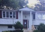 Foreclosed Home in Melville 11747 17 YARMOUTH ST - Property ID: 6312465