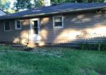 Foreclosed Home in Mastic 11950 191 MORICHES AVE - Property ID: 6312469
