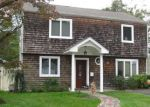 Foreclosed Home in Bellmore 11710 12 BROOK PL - Property ID: 6312626