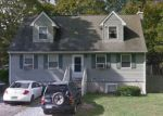Foreclosed Home in Mastic 11950 24 MONTGOMERY AVE - Property ID: 6312863