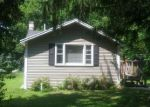 Foreclosed Home in Crystal Lake 60014 8650 CHICAGO AVE - Property ID: 6312874