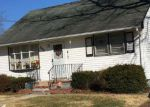 Foreclosed Home in Mastic Beach 11951 399 FOREST RD W - Property ID: 6313397