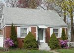 Foreclosed Home in Groton 6340 38 ROUND HILL RD - Property ID: 6313516