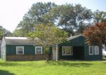 Foreclosed Home in Tuckerton 8087 153 OAKLEAF DR - Property ID: 6313592