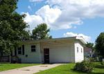 Foreclosed Home in Marion 52302 487 10TH AVE - Property ID: 6314128
