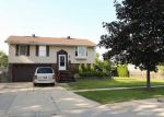Foreclosed Home in Streamwood 60107 908 ORIOLE DR - Property ID: 6314154