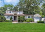 Foreclosed Home in Smithtown 11787 6 WILDWOOD LN - Property ID: 6314595