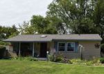 Foreclosed Home in Carpentersville 60110 78 ALAMEDA DR - Property ID: 6315379