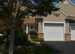 Foreclosed Home in Hamburg 7419 15 BOURNE CIR - Property ID: 6315469