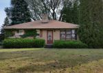 Foreclosed Home in Cudahy 53110 5610 S TRINTHAMMER AVE - Property ID: 6316391