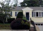 Foreclosed Home in East Haven 6512 210 S END RD - Property ID: 6316597