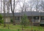 Foreclosed Home in Cross Junction 22625 407 DOGWOOD DR - Property ID: 6316773