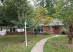 Foreclosed Home in Belleville 62223 7330 CARR DR - Property ID: 6316848