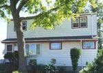 Foreclosed Home in Freeport 11520 43 HUBBARD AVE - Property ID: 6317046