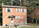 Foreclosed Home in Milford 18337 261 GOLD KEY RD - Property ID: 6317396