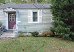 Foreclosed Home in Cherry Hill 8034 27 CHURCHILL RD - Property ID: 6317447