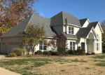 Foreclosed Home in High Ridge 63049 4935 COUNTRY CLUB DR - Property ID: 6317813
