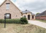 Foreclosed Home in Bossier City 71111 6014 KATELAND CIR - Property ID: 6317820