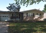 Foreclosed Home in Hazelwood 63042 627 HOLIDAY AVE - Property ID: 6318001