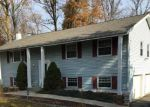 Foreclosed Home in Wappingers Falls 12590 32 KENDELL DR - Property ID: 6318359